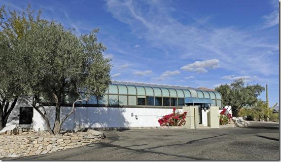 5764 N Camino Miraval Tucson, AZ 85718 1