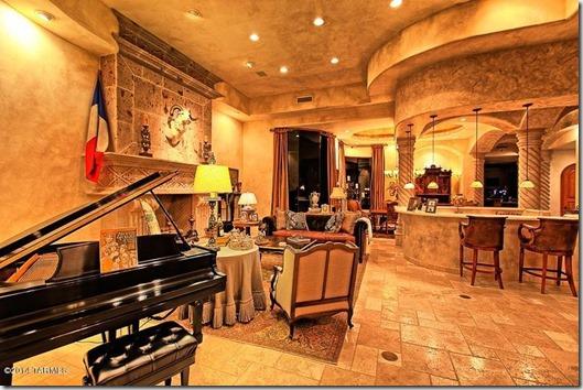 2087 E Desert Garden Drive Tucson, AZ 85718