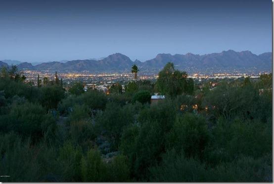 5230 E Camino Bosque  Tucson, AZ 85718.jpg 4