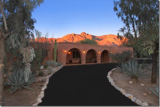 6820 N Solaz Primero Tucson, AZ 85718