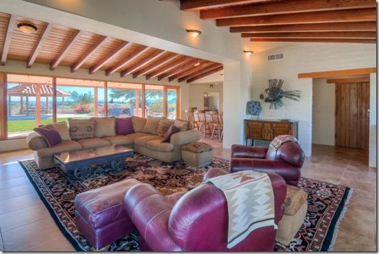 5261 N Placita Cresta Loma Place Tucson, AZ 85704 2