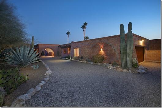 2462 E Calle Sin Controversia_Tucson AZ 85718_1